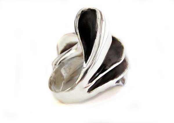wavy sterling silver ring