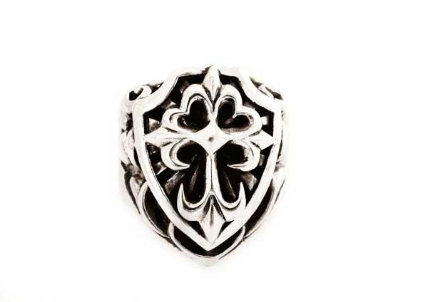 Knight ring